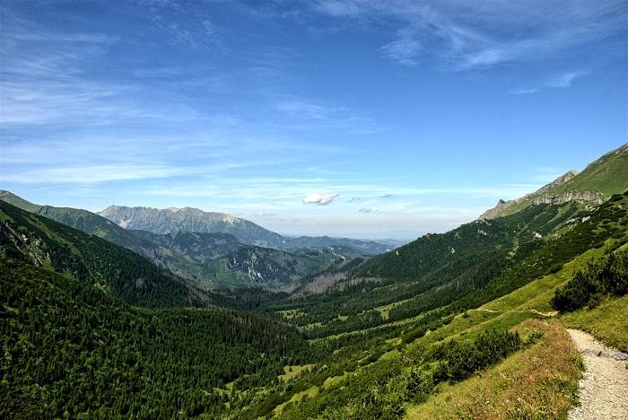 Turistické trasy Vysoké Tatry aj pre zahraničných turistov