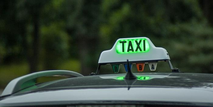 Benefits with taxi Bratislava Vienna airport