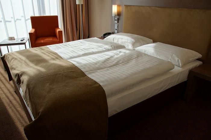Sklápacie postele a posteľné prádlo