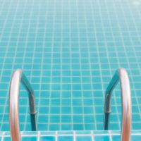 Zapustené bazény obdĺžnikového tvaru